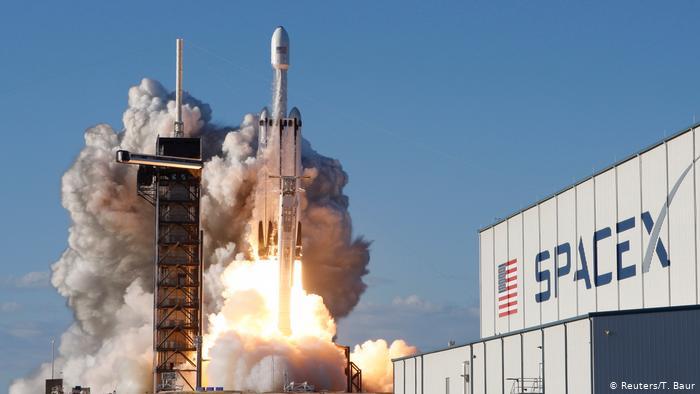 SpaceX se prepara para enviar a la primera tripulación totalmente civil en órbita